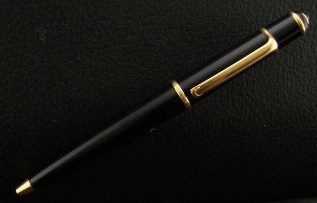 Diablo de Cartier Black and Gold Ballpoint Pen