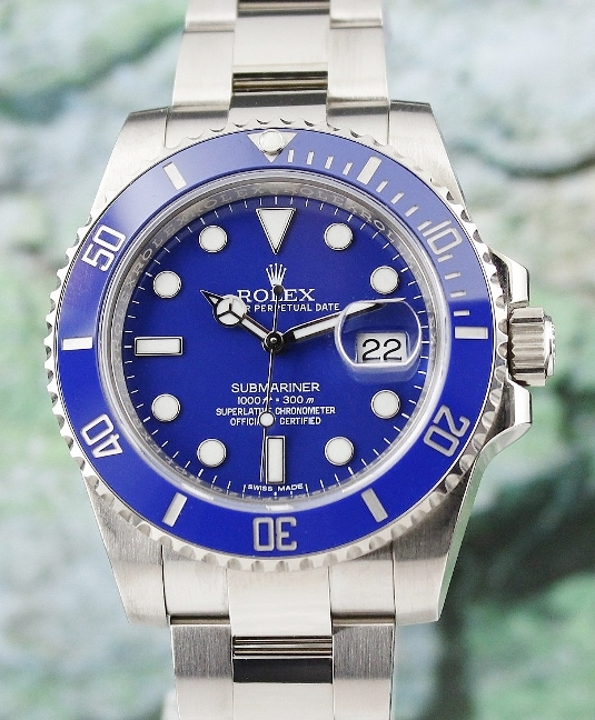 A ROLEX 18K WHITE GOLD SUBMARINER DATE - 116619LB