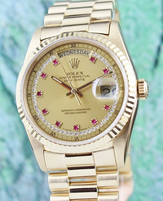 ROLEX 18K YELLOW GOLD OYSTER PERPETUAL DAY-DATE / 18238