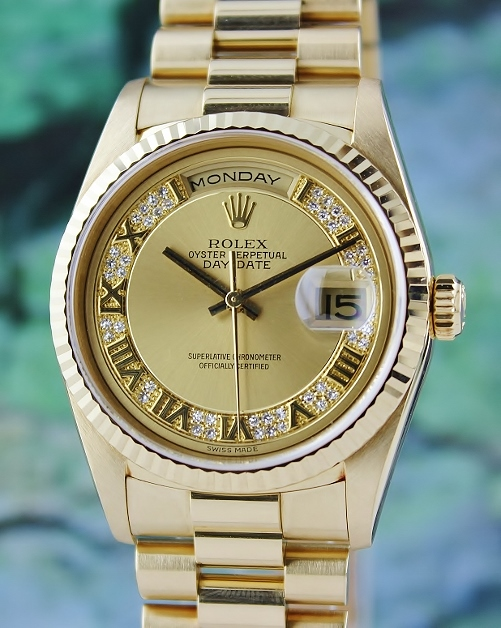 ROLEX 18K YELLOW GOLD MEN SIZE OYSTER PERPETUAL DAY-DATE / 18238