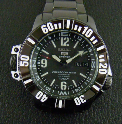 Seiko 5 Men' s Sports Titanium (Limited Edition)