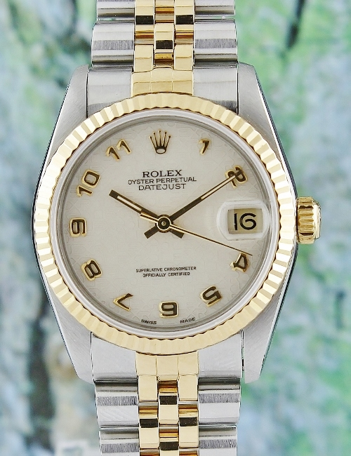 A ROLEX MID SIZE HALF GOLD OYSTER PERPETUAL DATEJUST / 68273
