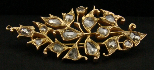 Antique 18k Gold Intan Brooch