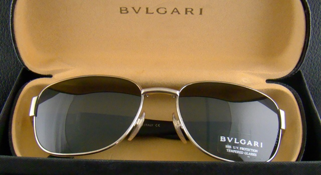 BVLGARI SUNGLASS WITH BOX
