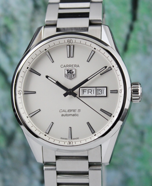 TAG HEUER CARRERA CALIBRE 5 DAY DATE WATCH / WAR201B-0