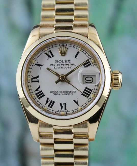 A ROLEX 18K YELLOW GOLD OYSTER PERPETUAL DATEJUST - 6916 / CERT
