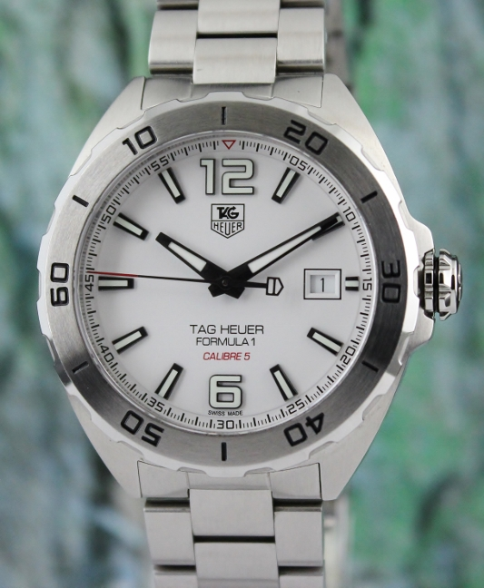 A STAINLESS STEEL TAG HEUER FORMULA 1 AUTOMATIC WATCH / WAZ2114