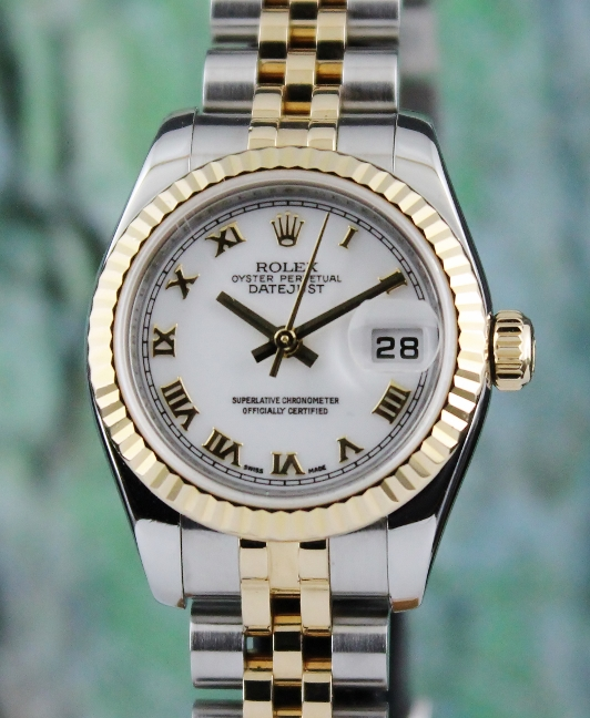 ROLEX LADY SIZE OYSTER PERPETUAL DATEJUST - 179173