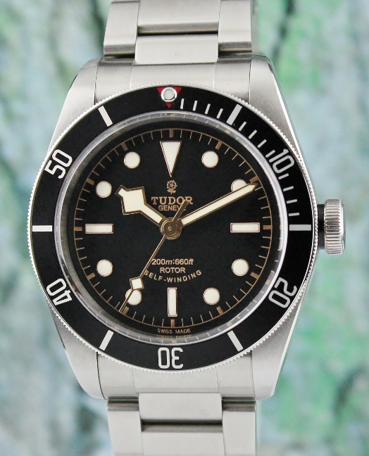 A TUDOR STAINLESS STEEL HERITAGE BLACK BAY / 79220N