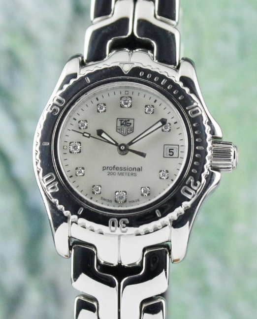 A TAG HEUER STAINLESS STEEL LADY SIZE WATCH / MOP / WT1418