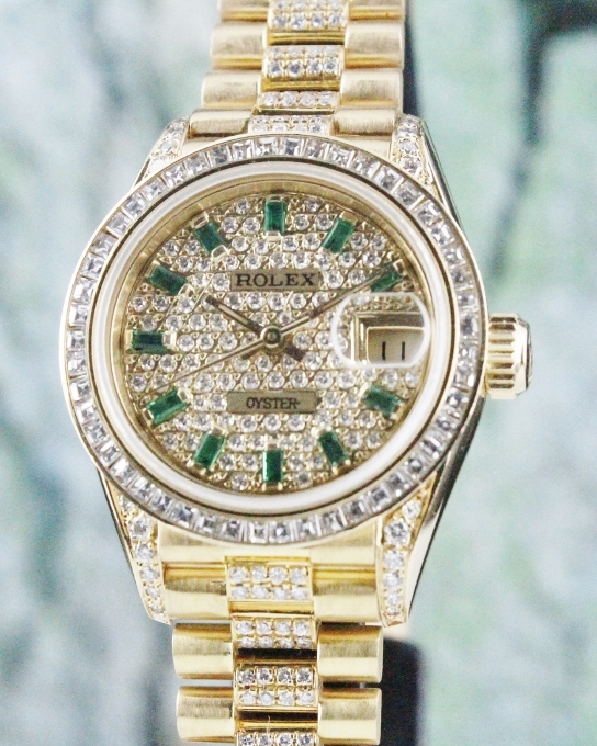 A ROLEX LADY 18K YELLOW GOLD OYSTER PERPETUAL DATEJUST - 69178