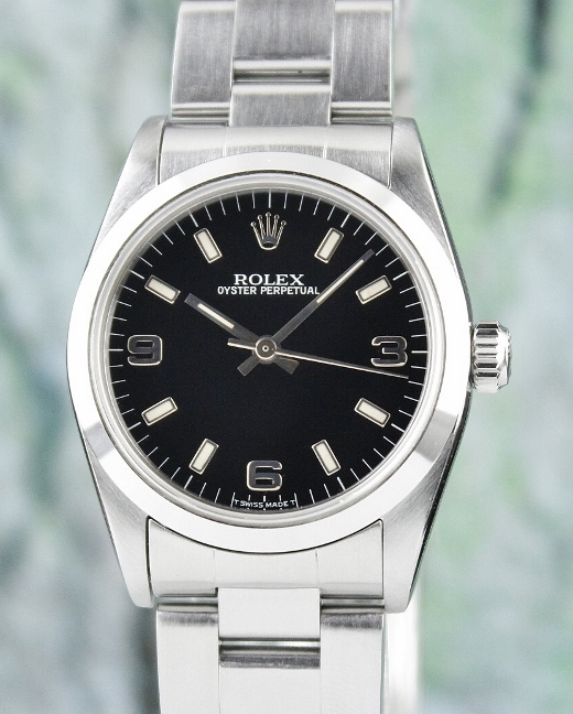 A ROLEX MID SIZE STAINLESS STEEL OYSTER PERPETUAL / 67480