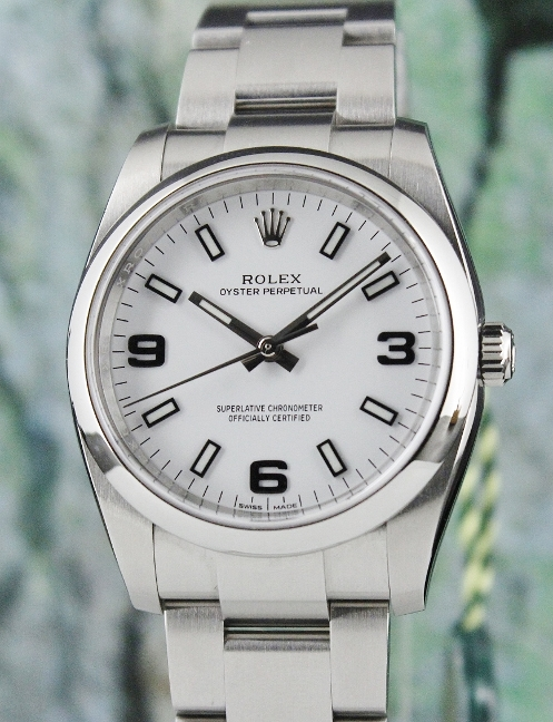 A ROLEX MEN SIZE STAINLESS STEEL OYSTER PERPETUAL / 114200