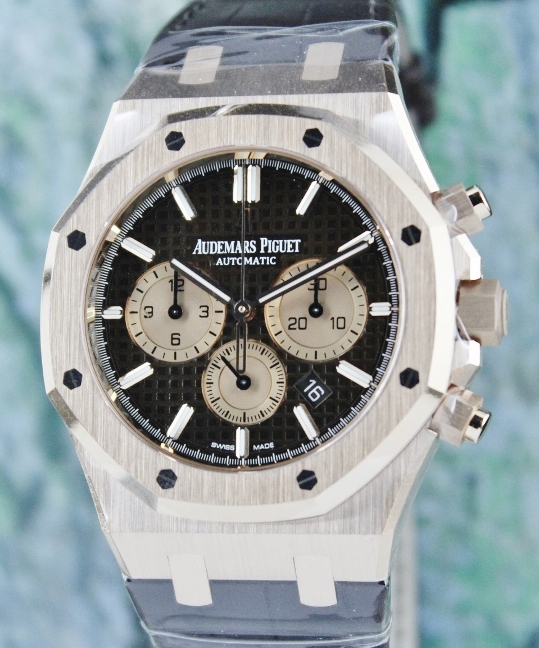UNWORN NEW AP ROYAL OAK CHRONOGRAPH / 26331OR.OO.D821CR.01