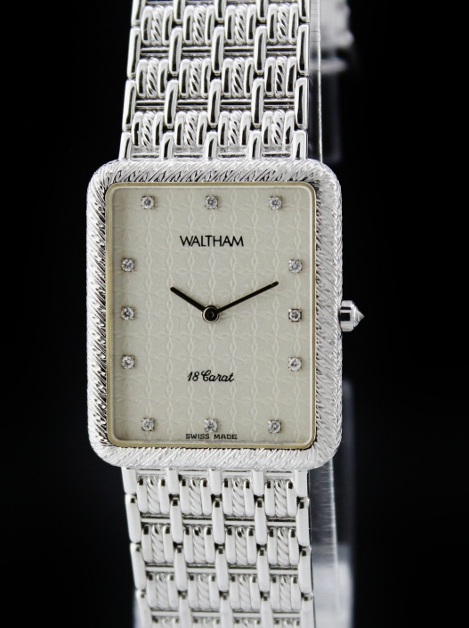WALTHAM 18K SOLID WHITE GOLD QUARTZ WATCH