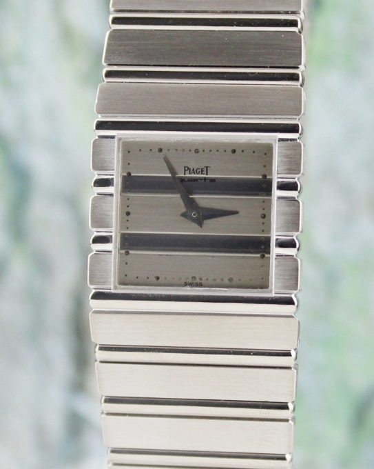 A PIAGET POLO 18K SOLID WHITE GOLD QUARTZ WATCH