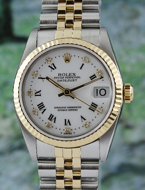 A ROLEX MID SIZE H/G OYSTER PERPETUAL DATEJUST / 68273