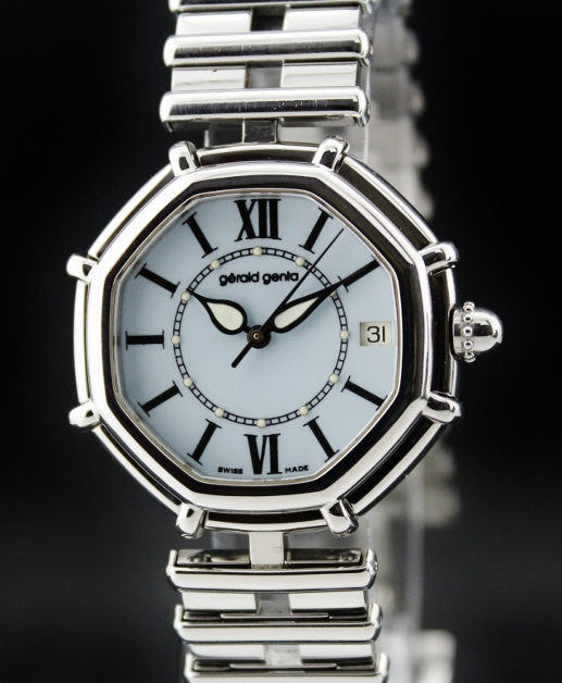 A GERALD GENTA AUTOMATIC STAINLESS STEEL
