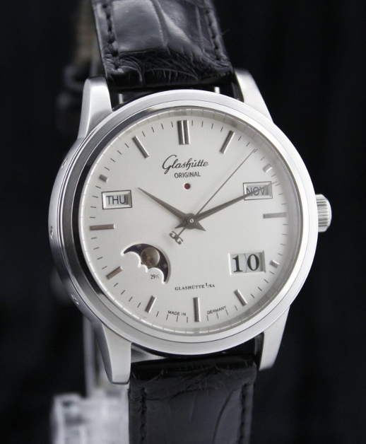 "Senator Perpetual Calender - ""Watch of the year 2000"""