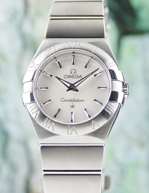 AN OMEGA LADY SIZE STAINLESS STEEL CONSTELLATION / 12310276005001