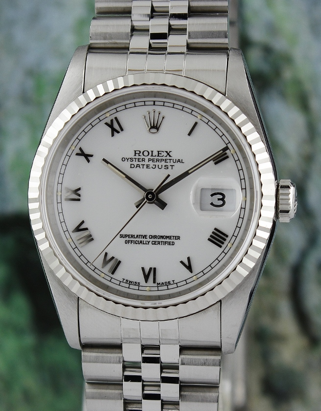 ROLEX MEN SIZE OYSTER PERPETUAL DATEJUST / 16234