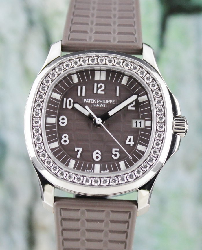 PATEK PHILIPPE STAINLESS STEEL LADY AQUANAUT 35.6 MM / 5067A-023