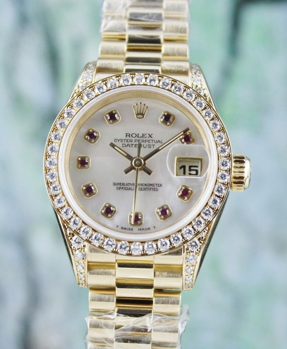LIKE NEW ROLEX LADY SIZE 18K YELLOW GOLD OYSTER PERPETUAL DATEJUST - 100% ORIGINAL / 69158