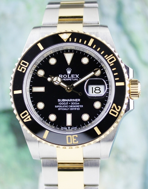 UNWORN NEW ROLEX OYSTER PERPETUAL DATE SUBMARINER 2020 MODEL / 126613 LN