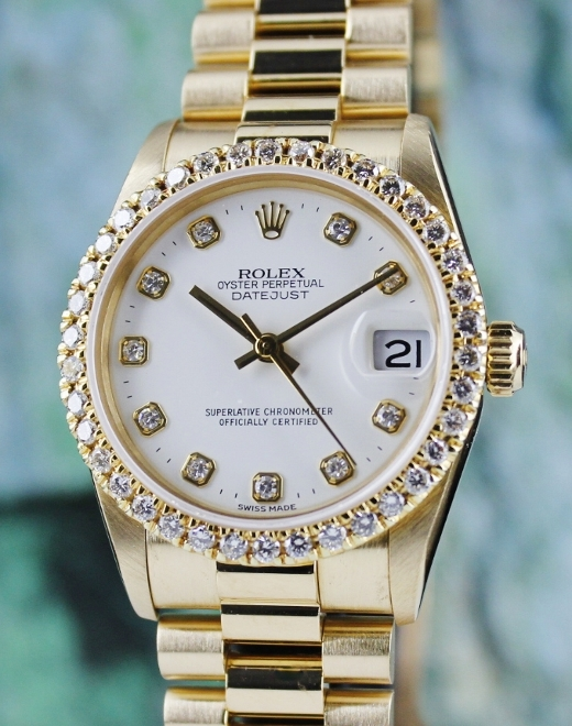 A ROLEX MIDSIZE 18K YELLOW GOLD OYSTER PERPETUAL DATEJUST - 68278