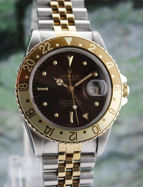 A ROLEX VINTAGE OYSTER PERPETUAL DATE / GMT-MASTER - 16753