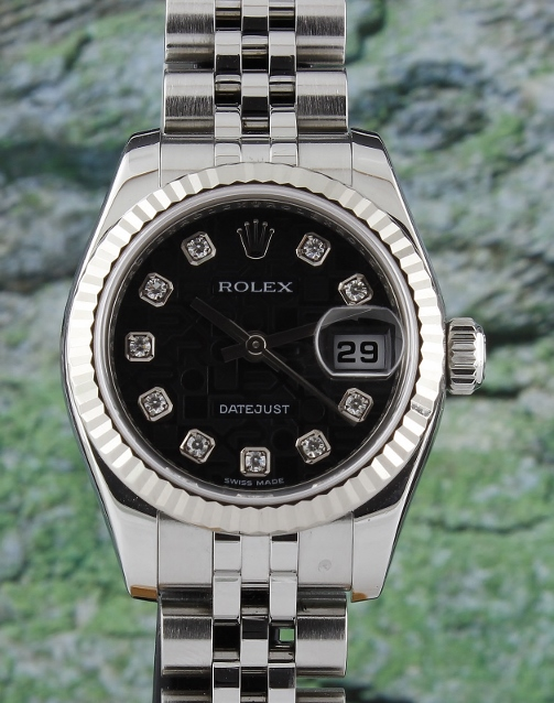 A ROLEX LADY OYSTER PERPETUAL DATEJUST - 179174