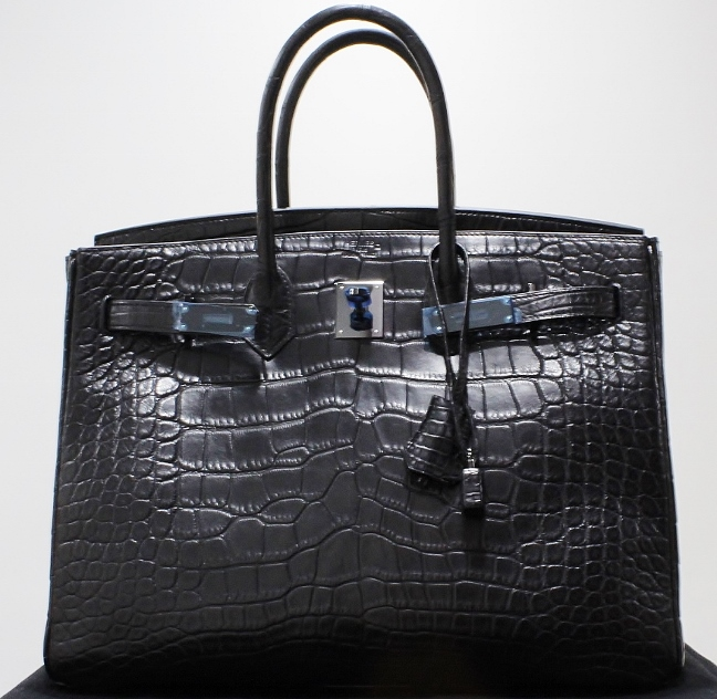 LIKE NEW LIMITED EDITION SO BLACK CROCO 35CM HERMES BIRKIN BAG