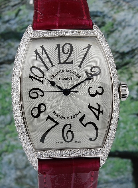 A FRANCK MULLER 18K WHITE GOLD AUTOMATIC DIAMOND WATCH / 6850 SC D