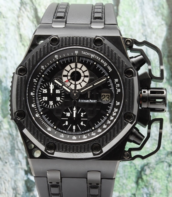 Like new audemars piguet royal oak offshore survivor 26165io oo 26165io oo a002ca for Royal oak offshore survivor