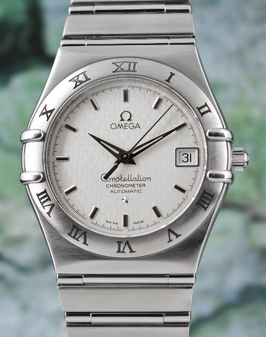 AN OMEGA MEN SIZE AUTOMATIC STAINLESS STEEL CONSTELLATION