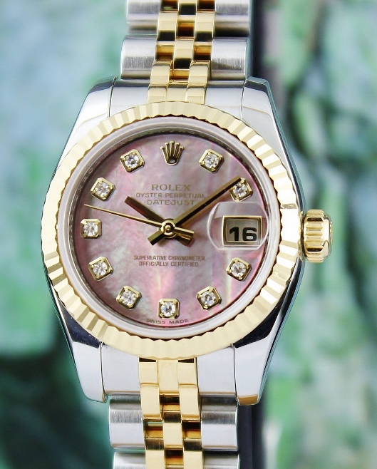 A ROLEX LADY SIZE OYSTER PERPETUAL DATEJUST - 179173 MOP