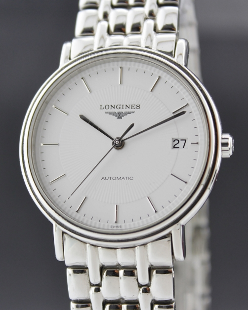 A LONGINES MEN STAINLESS STEEL AUTOMATIC WATCH / L4.721.4