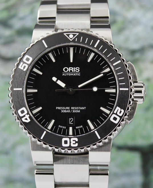 99.9% MINT CONDITION UNPOLISHED ORIS AQUIS DATE CERAMIC BEZEL DIVER WATCH / 0173376534154