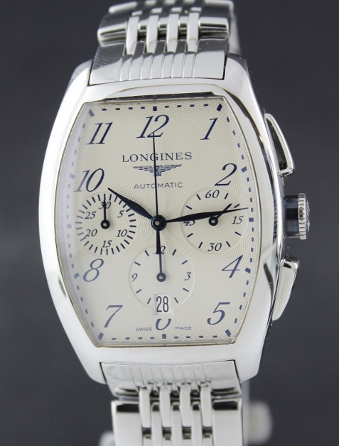 A LONGINES STAINLESS STEEL AUTOMATIC CHRONOGRAPH WATCH