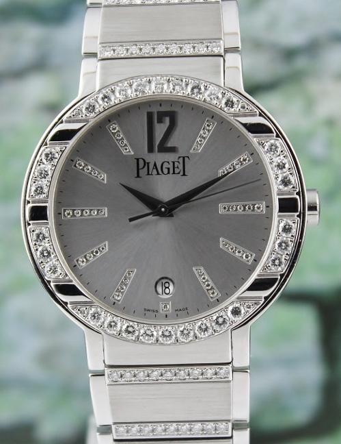A 18K WHITE GOLD PIAGET POLO AUTOMATIC DIAMOND WATCH