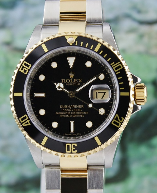A ROLEX MEN SIZE OYSTER PERPETUAL DATE / SUBMARINER 16613 T