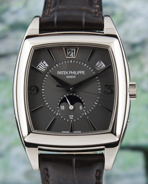 LIKE NEW PATEK PHILIPPE 18K WHITE GOLD ANNUAL CALENDAR MOON PHASE / 5135G