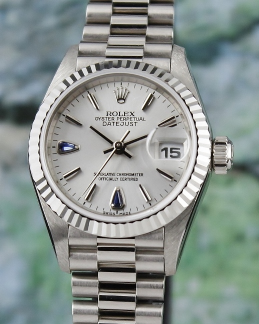 LIKE NEW ROLEX 18K WHITE GOLD LADY SIZE OYSTER PERPETUAL DATEJUST / 69179