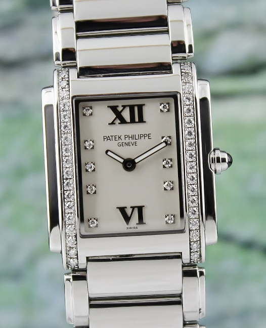 PATEK PHILIPPE TWENTY - 4 STAINLESS STEEL LADY WATCH / 4910/10A-001