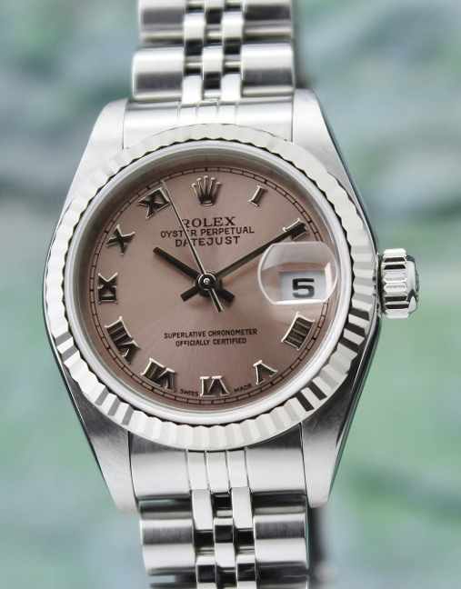 LIKE NEW ROLEX LADY SIZE OYSTER PERPETUAL DATEJUST / 79174 / CERT