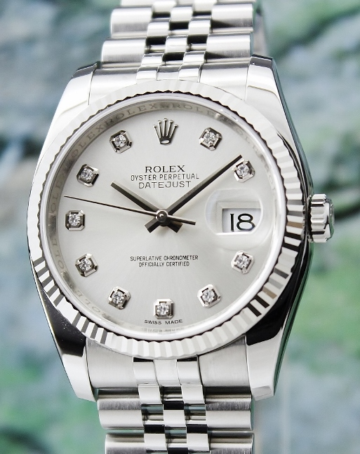 A ROLEX MEN SIZE OYSTER PERPETUAL DATEJUST - 116234