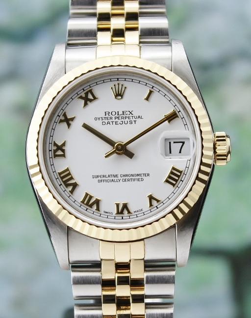 A ROLEX MID SIZE STAINLESS STEEL & 18K YELLOW GOLD OYSTER PERPETUAL DATEJUST / 68273