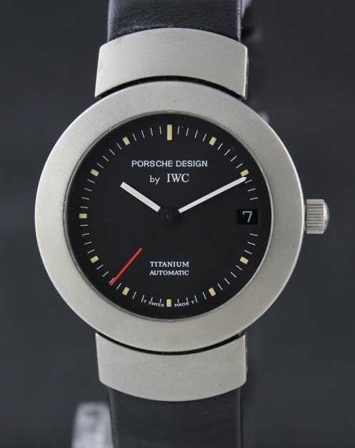 AN IWC TITANIUM AUTOMATIC WATCH / PORSCHE DESIGN / 3520