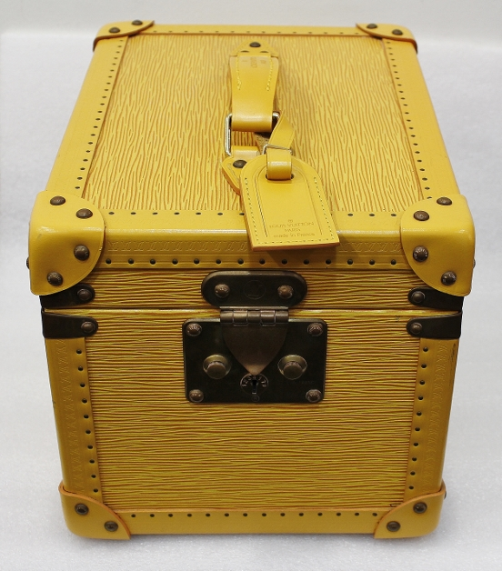 Like New Rare Louis Vuitton Yellow Epi Boite travel Beauty Case