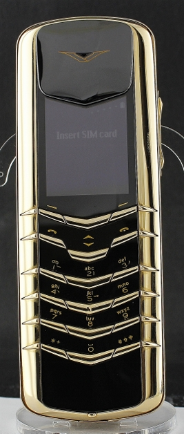 MINT CONDITION VERTU SIGNATURE M 18K YELLOW GOLD PHONE